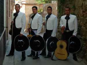 Mariachis en Barcelona 4 mariachis